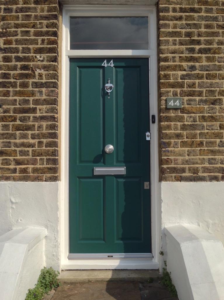 Hardwood Timber Door Fitters Croydon CR0 - 0208 405 4614