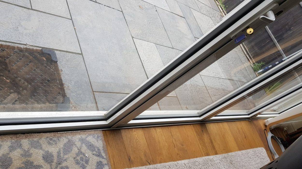 Aluminium Bifolding Door Repairs West Wimbledon SW20